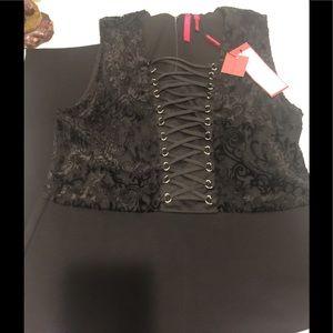 LOVE SCARLETT LACE-UP DRESS